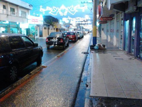 ciclofaixa na rua joão sacavem, em navegantes-sc