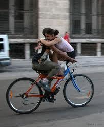 a bicicleta predispõe ao amor.