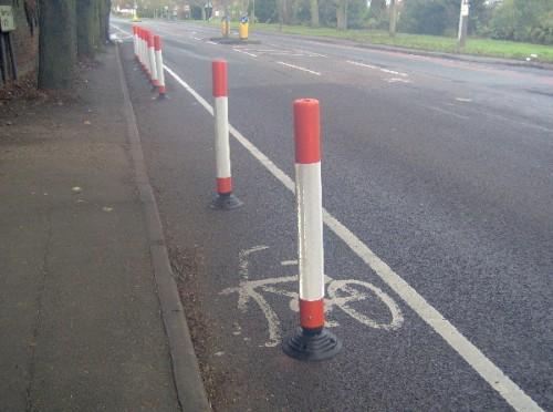 sinalização em ciclofaixa em higham... ciclistas adoraram, né? clique na imagem e saiba mais.