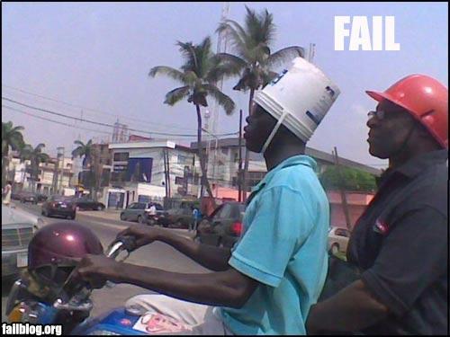 obrigatório usar algo na cabeça!